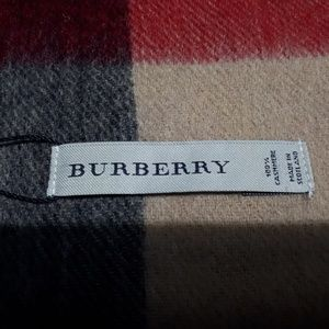 Accessories - New Burberry London Cashmere Scarf Classic Check